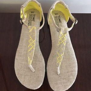 TOMS Sandals (9) NWOT